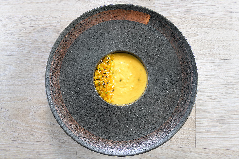 Ρυζόγαλο με γάλα καρύδας, μάνγκο και passion fruit